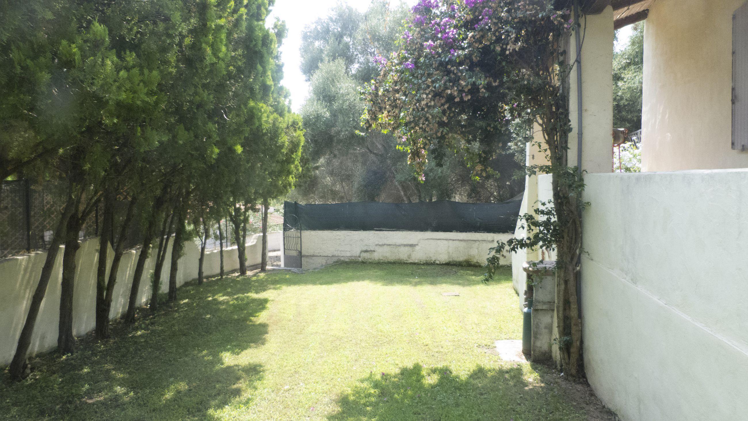 AB941010 Villa Solaster